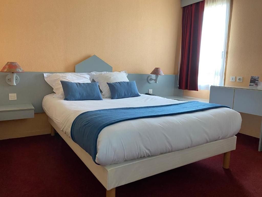 Photo Brit Hotel Essentiel Moulins Avermes