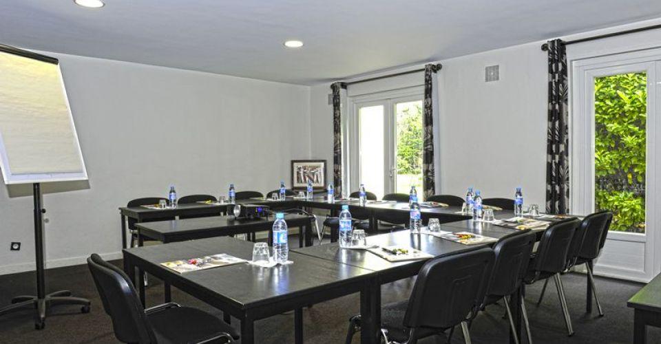 brit-hotel-avignon-le-calendal-room-seminar