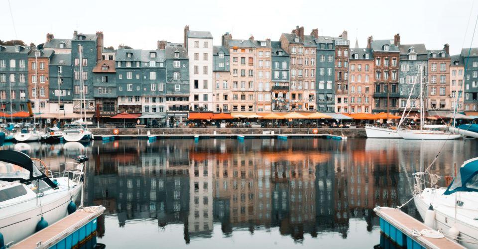 Le Port d'Honfleur Brit Hotel Caen