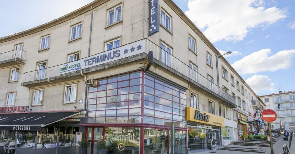 Profitez du confort de nos hôtels 2, 3 ou 4 étoiles sur l'ensemble de la France