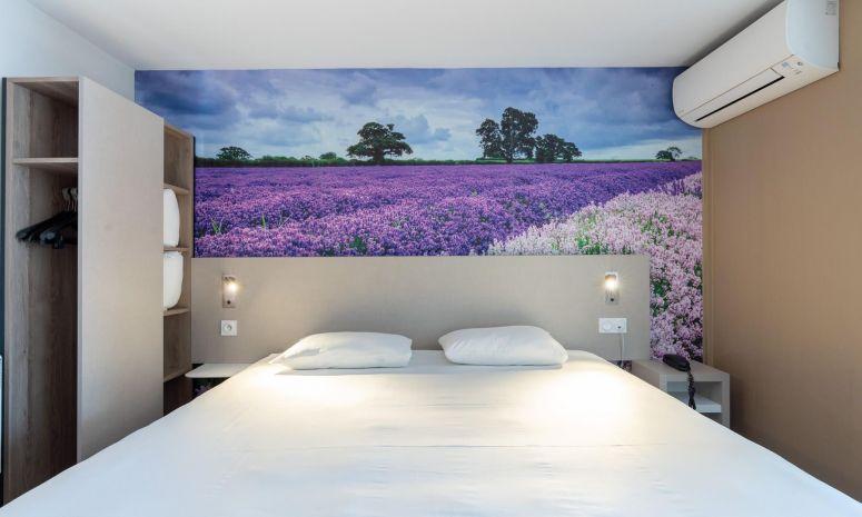 Une chambre à l'hôtel d'Avignon