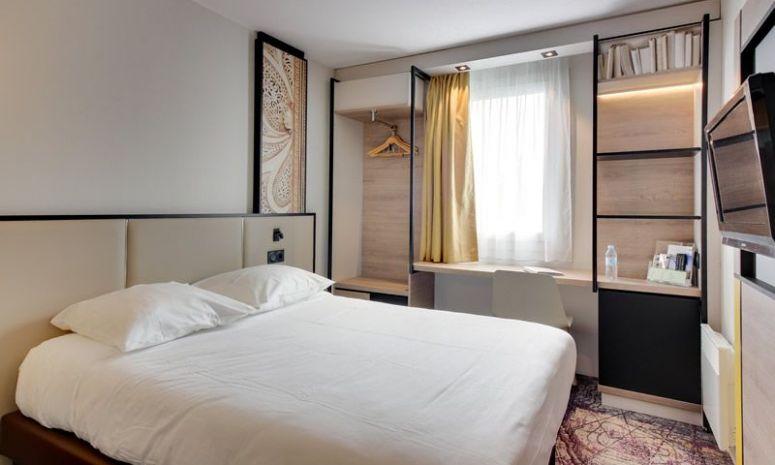 Une chambre d'hôtel à Brest