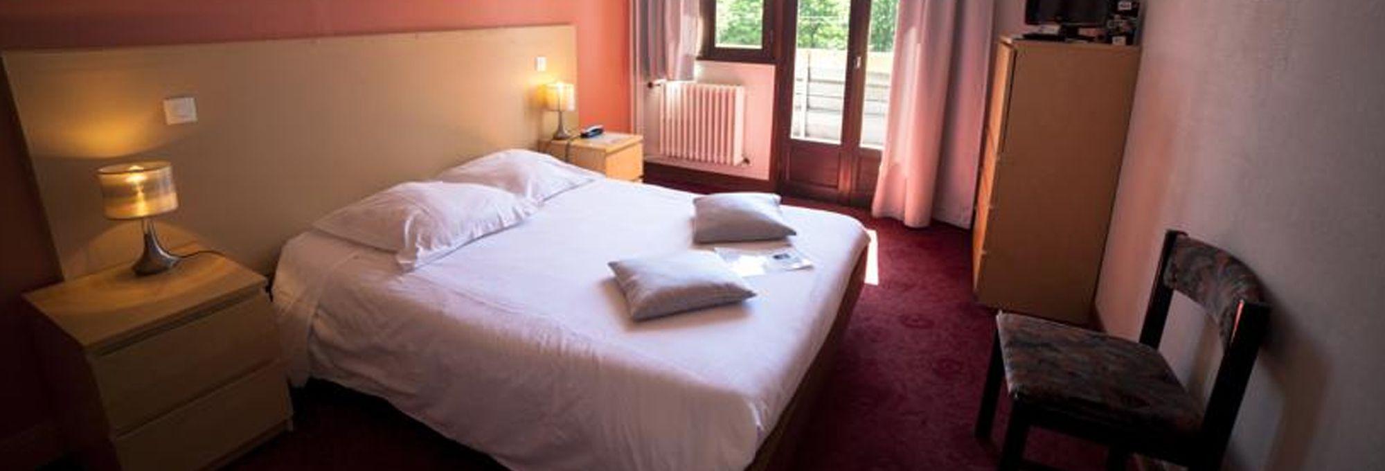 Brit Hotel Les Mouflons - Besse-Saint-Anastaise