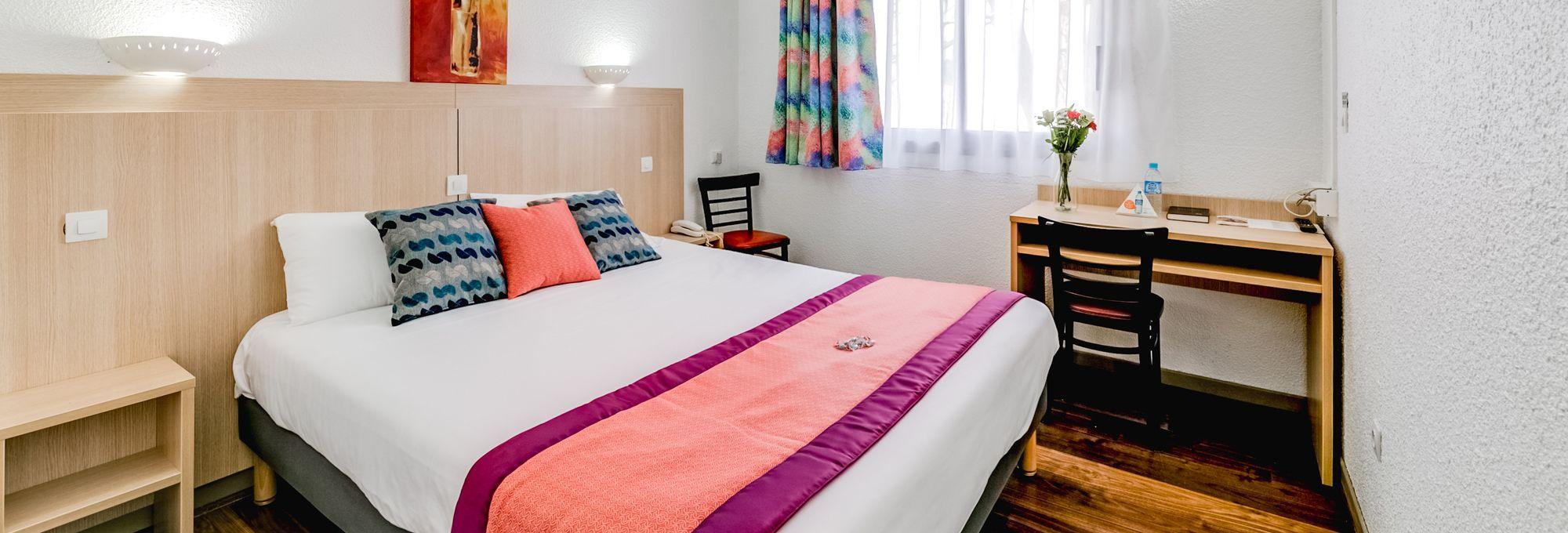 hotel grenoble lib ration r servez en direct sur. Black Bedroom Furniture Sets. Home Design Ideas