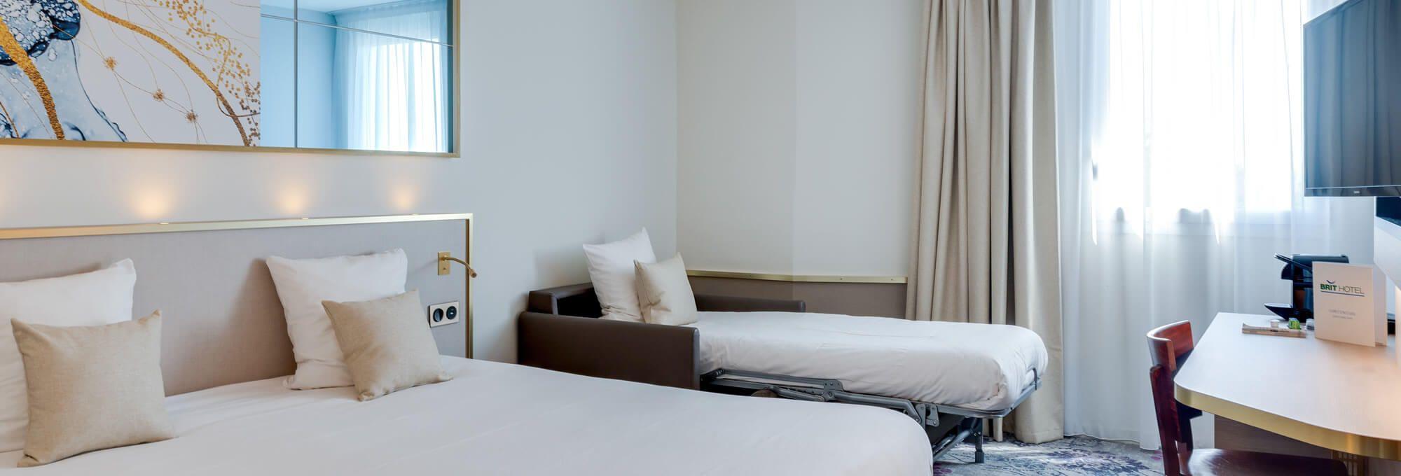 accès au brit hotel orléans