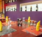 The restaurant of the Hotel d'Agen, open to all