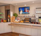 Le petit-déjeuner au Brit Hotel Tours Sud