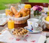 céréales bios au petit déjeuner de l'hôtel de Cesson-Sévigné