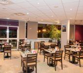 À l'hôtel de Joué-lès-Tours, la salle du restaurant.