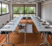 A U-shaped room for your professional seminars
