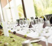 La jolie table de nos mariées d'un jour au Brit Hotel Nantes Vigneux - L'Atlantel
