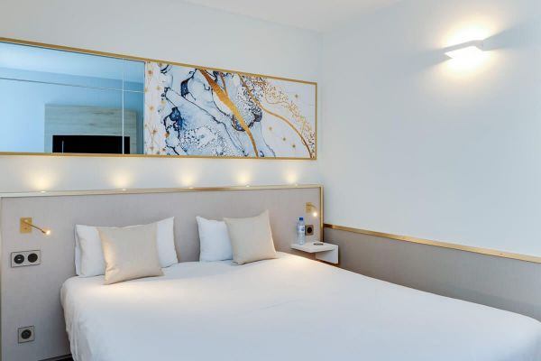 La chambre grand lit à Orléans