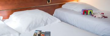 One triple room at the Brit Hotel Angers Parc Expo