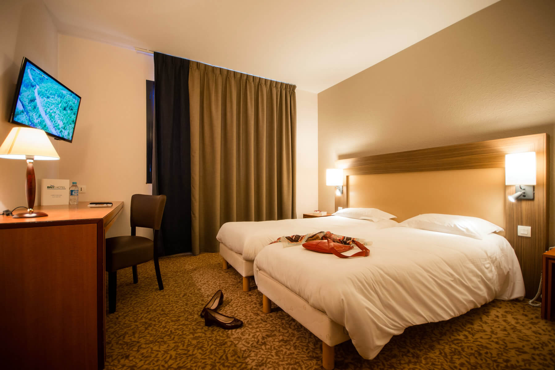 les chambres de l 39 h tel du transat de saint malo brithotel. Black Bedroom Furniture Sets. Home Design Ideas