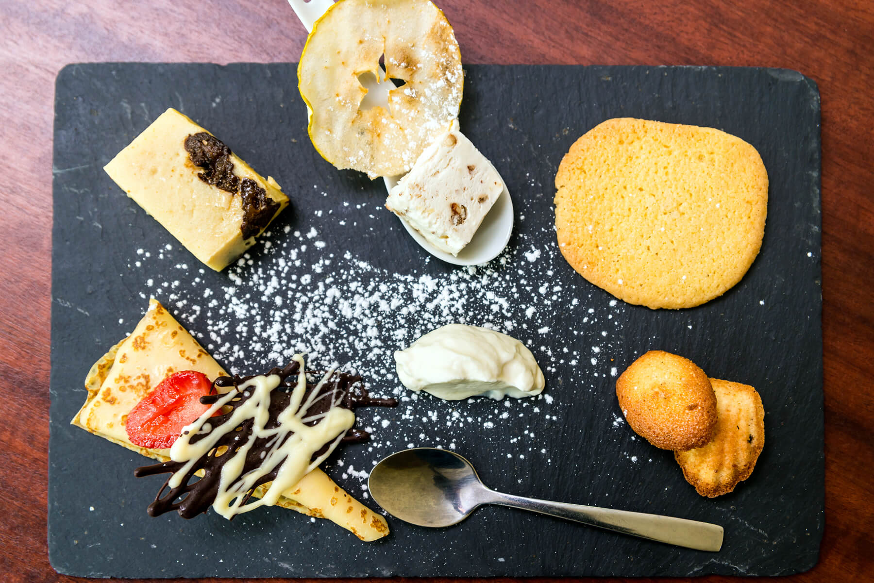 The dessert slate from Cesson Sévigné's restaurant, Le Floréal