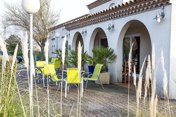 Chambres et tarifs du brit hotel bosquet carcassonne for Reservation hotel par mail