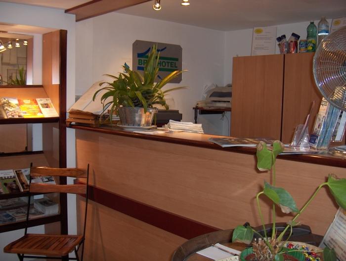Les chambres et tarifs du brit hotel bosquet pau for Reservation hotel par mail