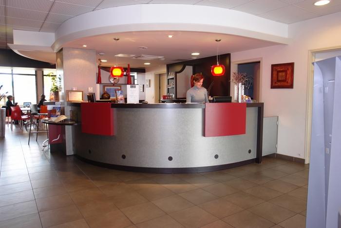 Chambres et tarifs du brit hotel du stade de rennes for Reservation hotel par mail